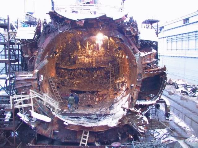 Thảm kịch sát thủ tàu ngầm Nga chuyên diệt tàu sân bay Mỹ - 4