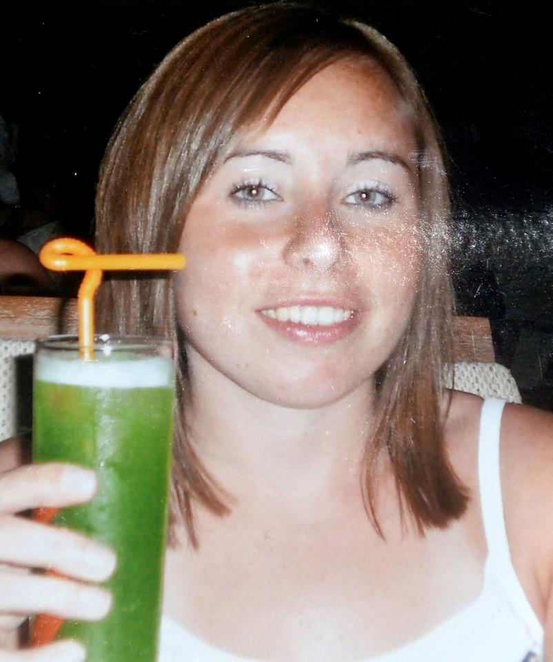 Cô gái không ăn không uống trong suốt 5 năm - 3