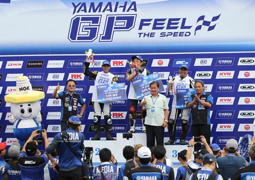 """Kịch tính đến ngẹt thở với giải đua xe """"Yamaha GP Racing"""" - 5"""