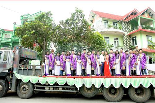 """Tiết lộ về đám hỏi cưỡi xe phọc ở Vĩnh Phúc đang """"gây bão"""" - 1"""