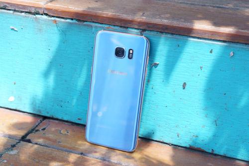 Galaxy S7 edge Xanh Coral - Vẻ đẹp từ sự an nhiên - 2
