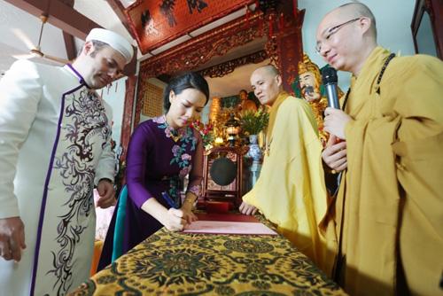 Độc đáo lễ Hằng Thuận ở chùa Vĩnh Nghiêm của cặp đôi Pháp – Việt - 6