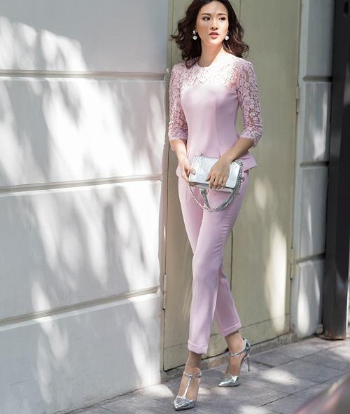 Mỹ nữ có làn da đẹp nhất Hoa hậu Việt Nam hút hồn trên phố - 9