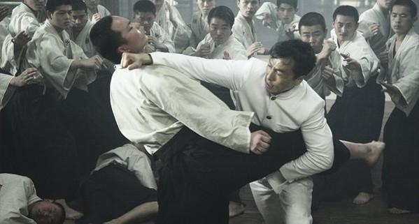 Màn võ thuật đỉnh cao của Chân Tử Đan với trăm đối thủ - 4