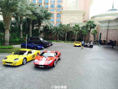 Ê kíp phim Thành Long phá nát siêu xe của hoàng tử Dubai - 10