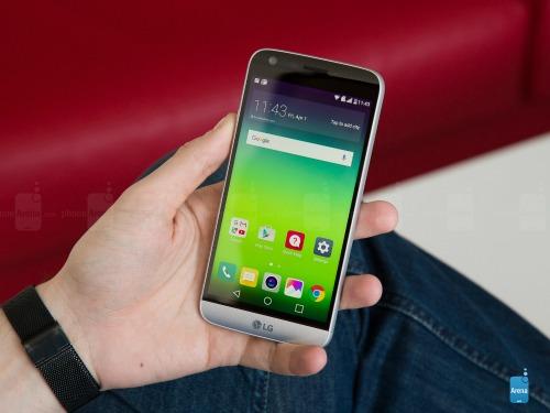 Top smartphone Android đáng mua nhất tháng 11 - 7