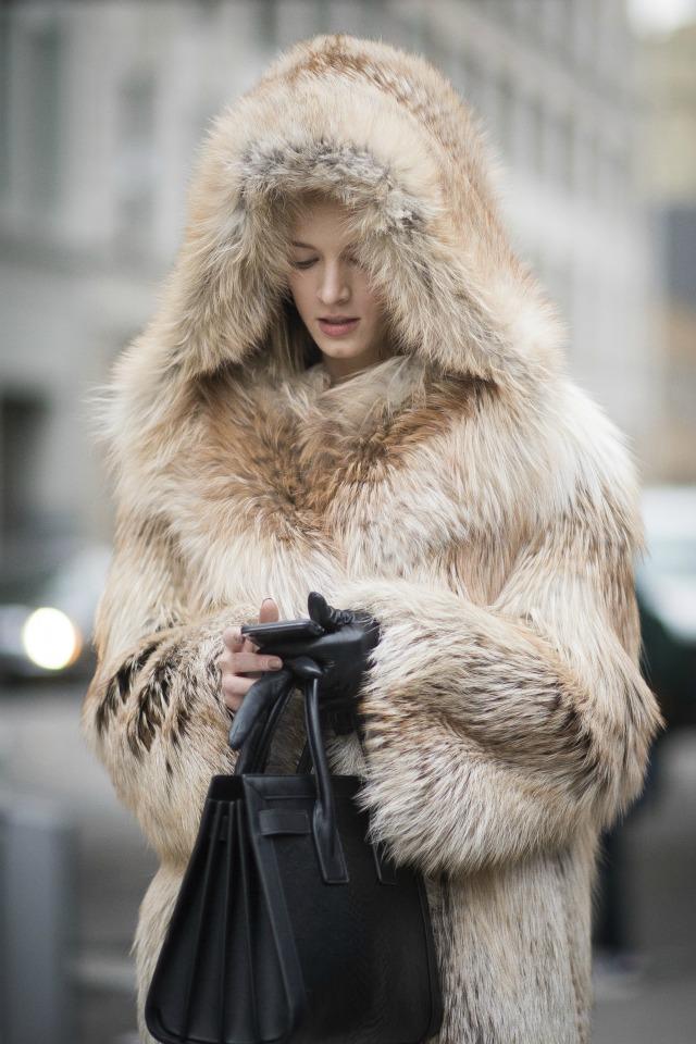 May áo lông thời thượng đón trời đông giá chuẩn fashionista - 4