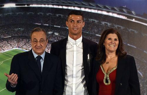 Ronaldo ký hợp đồng tỷ đô: Muốn chơi thêm 10 năm - 1