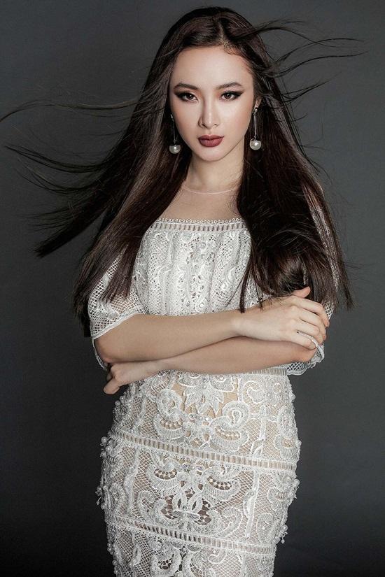 Angela Phương Trinh khoe body nuột nà với đầm ren mỏng manh - 4