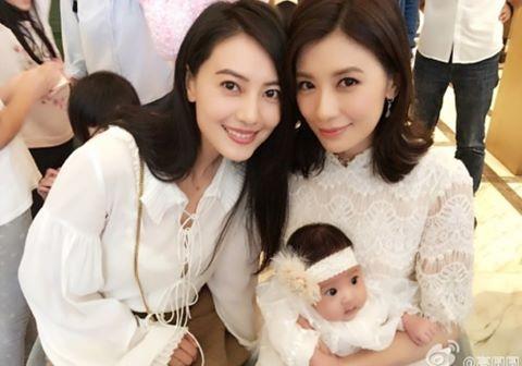 Loạt mỹ nhân Hoa ngữ đẹp bội phần sau khi kết hôn - 9