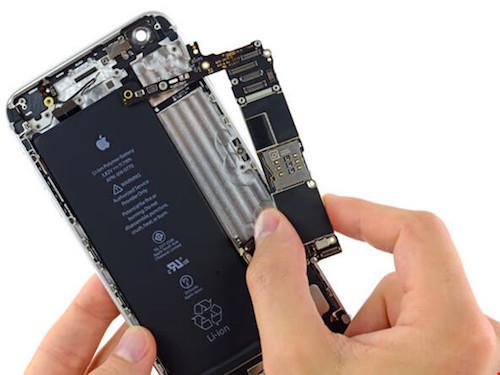 """Mẹo để tránh bị """"luộc"""" đồ khi đi sửa smartphone - 1"""