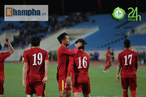 """ĐT Việt Nam: Phượng """"râu"""" lại làm khán giả xuýt xoa - 9"""