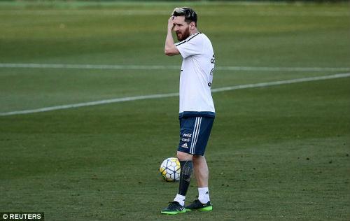 """Ronaldo ký """"tỷ đô"""", Barca hứa lương Messi cao hơn gấp đôi - 3"""