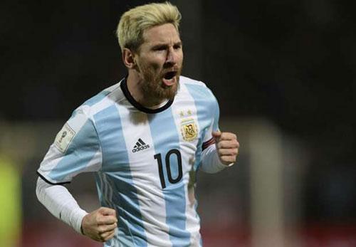 Messi thăng hoa ở Barca, nhưng khó cứu Argentina - 2