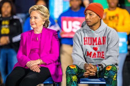 Các sao hạng A thế giới ủng hộ ứng cử viên tổng thống nào? - 11