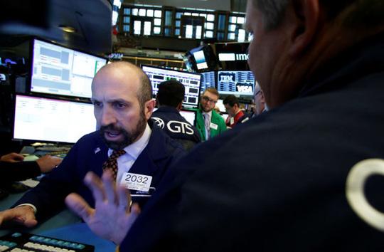 """Thị trường tài chính bị """"sốc"""" trước kết quả bầu cử Mỹ - 1"""