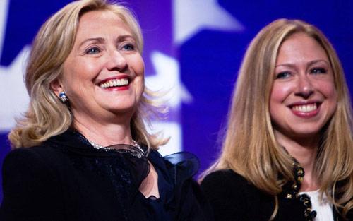 """Đọ sắc 2 ái nữ """"vàng"""" của Donald Trump và Hillary Clinton - 10"""