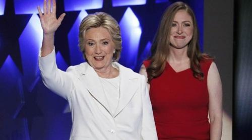 Tiết lộ về thiên thần đứng sau Hillary Clinton - 7