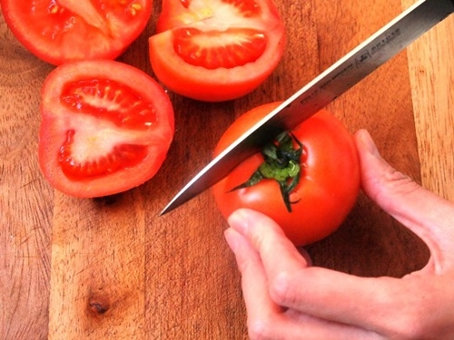 6 cấm kỵ khi ăn cà chua bà nội trợ có thể chưa biết - 2