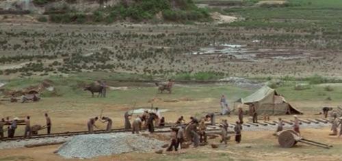 Cảnh sắc VN 24 năm trước quá đẹp trong phim Pháp - 7