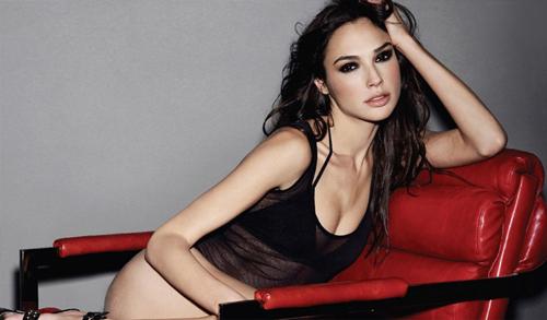 Hoa hậu Israel khiến màn bạc rung động - 4