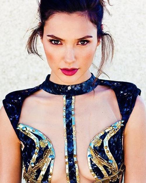 Hoa hậu Israel khiến màn bạc rung động - 5