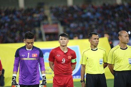 Công Vinh tuyên bố giải nghệ, quyết thắng Thái Lan ở AFF Cup 2016 - 2