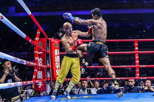 Buakaw số 1 Muay Thái chiến siêu võ sĩ Đức ở Li Băng - 1