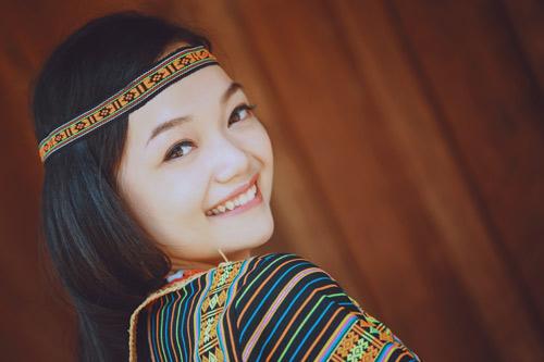 9X Việt xinh đẹp chuyên tiếp đón chính khách quốc tế - 3
