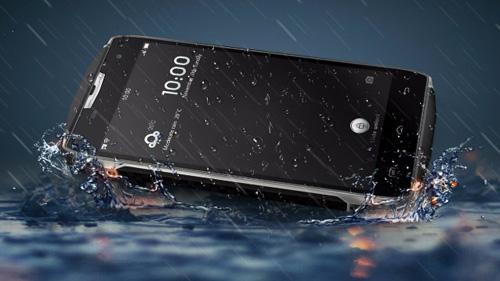 DCO T5 nhúng nước không hỏng,màn hình đóng đinh được - 4
