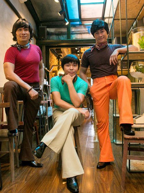 Nhóm nhạc MTV khác lạ với quần ống loe, áo khăn loè loẹt - 1
