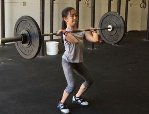 Thần đồng sức mạnh: 11 tuổi nâng tạ gấp đôi cơ thể - 1
