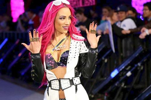 """Ghét thái độ: """"Nữ quái"""" UFC đòi chiến """"thánh nữ"""" WWE - 4"""