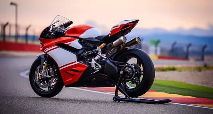 """Ducati 1299 Superleggera - Superbike trọng lượng nhẹ, giá """"khùng"""" - 3"""