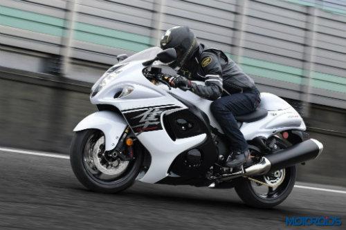 2017 Suzuki Hayabusa lên kệ đối đầu Kawasaki Ninja - 1