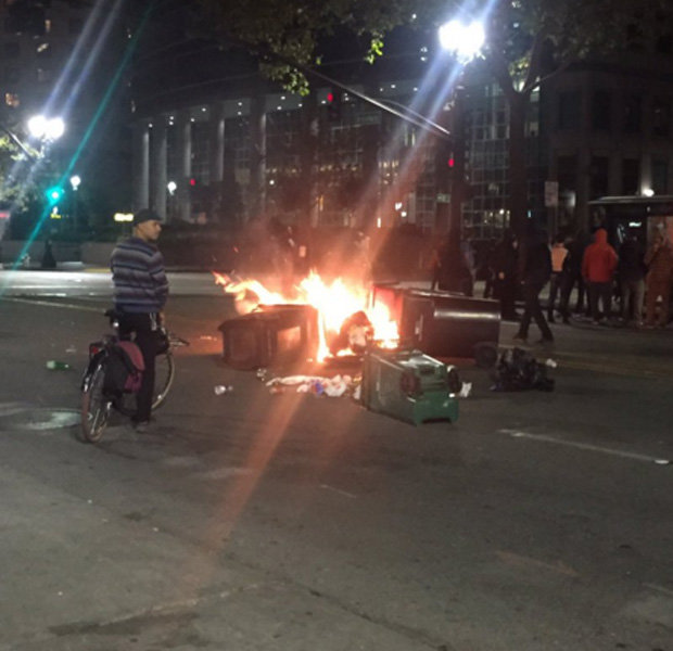 Mỹ: Biểu tình đầy bạo lực giữa đêm phản đối Trump - 2