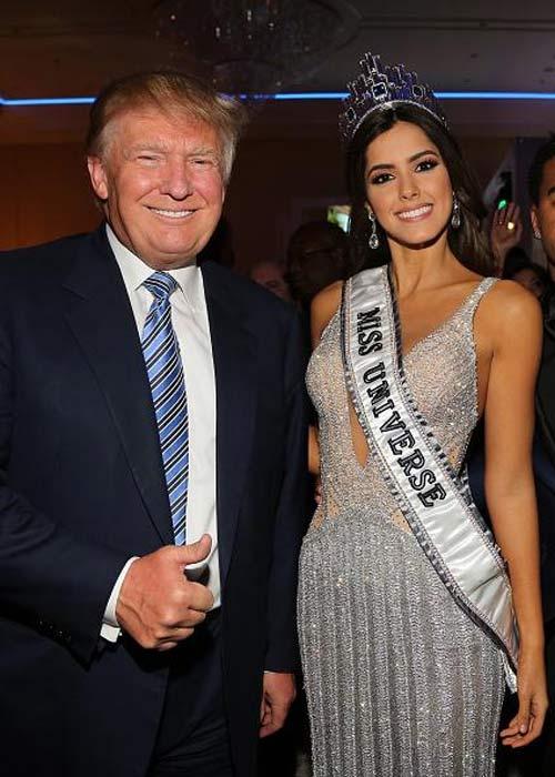 """Ông Donald Trump và những lần bị """"bao vây"""" bởi hoa hậu - 10"""