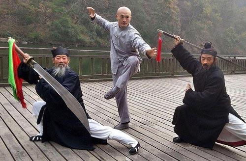 """Đệ nhất Thiếu Lâm Yilong: """"Gã lang thang"""" gặp thời (P1) - 1"""