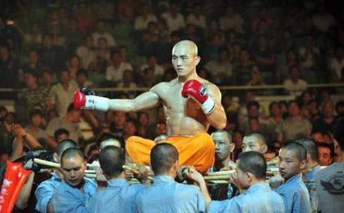 """Đệ nhất Thiếu Lâm Yilong: """"Gã lang thang"""" gặp thời (P1) - 2"""