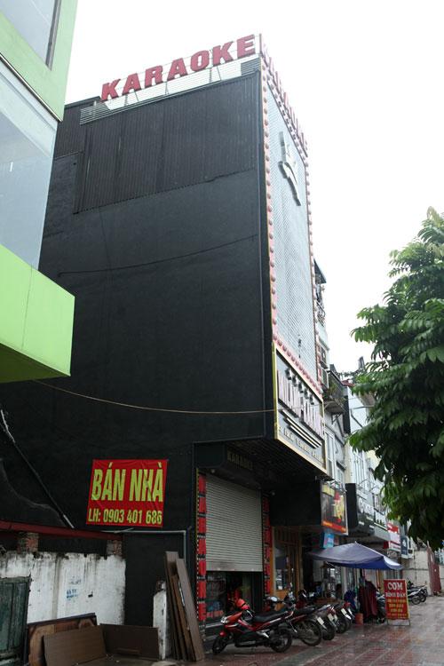 """HN: Biển quán karaoke """"khủng"""" nhan nhản khắp phố - 5"""
