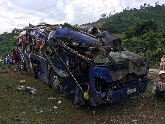 """Vụ lật xe ở Quảng Nam: """"Quanh tôi, hàng chục người nằm la liệt, kêu cứu"""" - 1"""