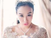 """Đời sống Showbiz - """"Bom sex gốc Việt"""" rạng rỡ trong tiệc cưới lần 3"""