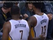 Thể thao - NBA: Sút bóng vào fan, mất ngay 300 triệu VNĐ