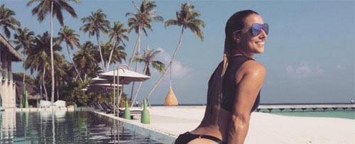"""""""Nàng Lọ Lem"""" tennis khoe ảnh bikini hút hồn ở Maldives - 2"""