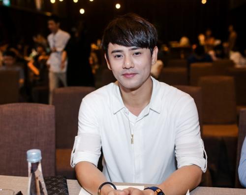 """Phan Mạnh Quỳnh thi hát để thoát mác """"ca sĩ thị trường"""" - 3"""