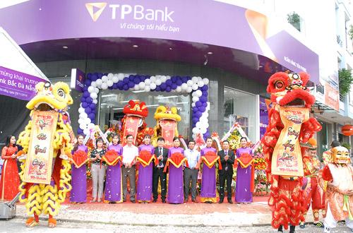 TPBank khai trương điểm giao dịch hiện đại tại Đà Nẵng - 2
