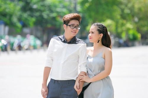 """Bùi Anh Tuấn lãng mạn diễn cảnh hôn trán """"bạn gái"""" - 4"""