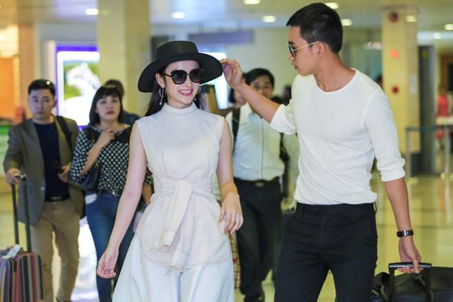 Angela Phương Trinh mặc không hở vẫn hút hồn ở sân bay - 3