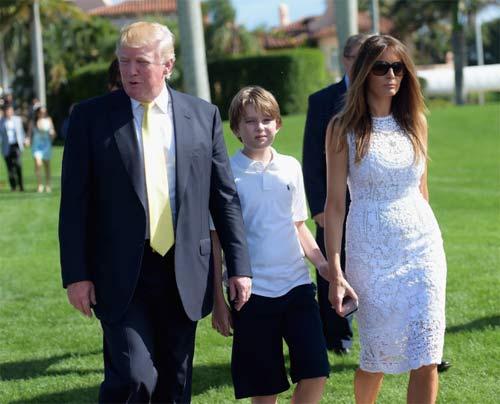 """Phong cách chuẩn """"soái ca nhí"""" của cậu út nhà Trump - 12"""