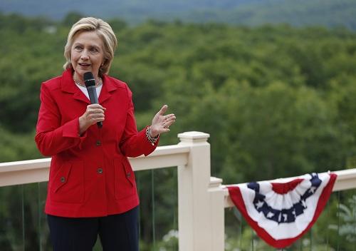 """""""Cuộc chiến"""" xanh - đỏ lạ lùng đằng sau sắc áo của Trump và Hillary - 2"""